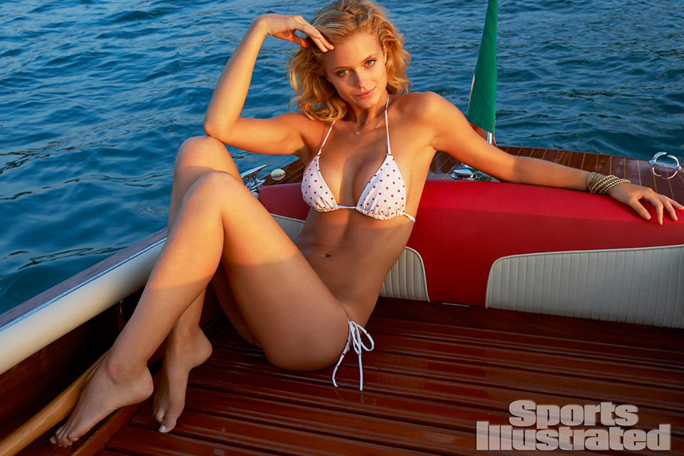 2014-sports-illustrated-swimsuit-issue-preview-29