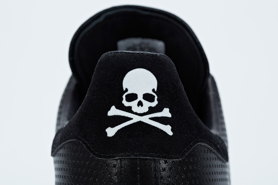adidas-consortium-stan-smith-mastermind-japan-dontpanicitsmagic (2)